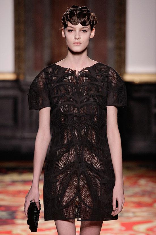 modelo de vestido negro hecho con impresora 3D