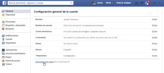 Facebook copia de datos