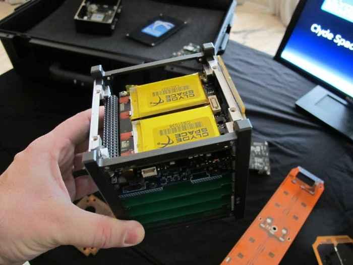 satélite CubeSats