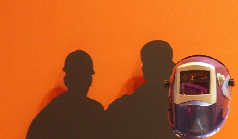 Naranja y sombras