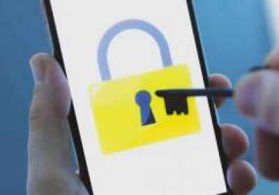 Los propietarios de cuentas de alto riesgo de Google pueden usar ahora su iPhone como clave de seguridad