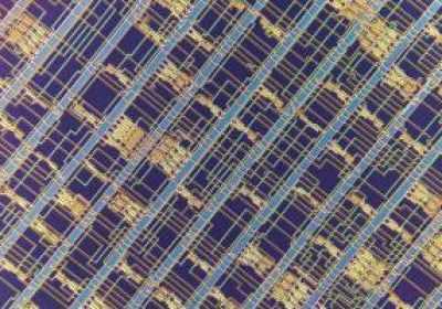 Un chip hecho con nanotubos de carbono, no silicio, marca un hito informático