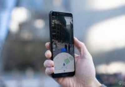 Google Maps usa Live View AR para calibrar tu ubicación y orientación actual